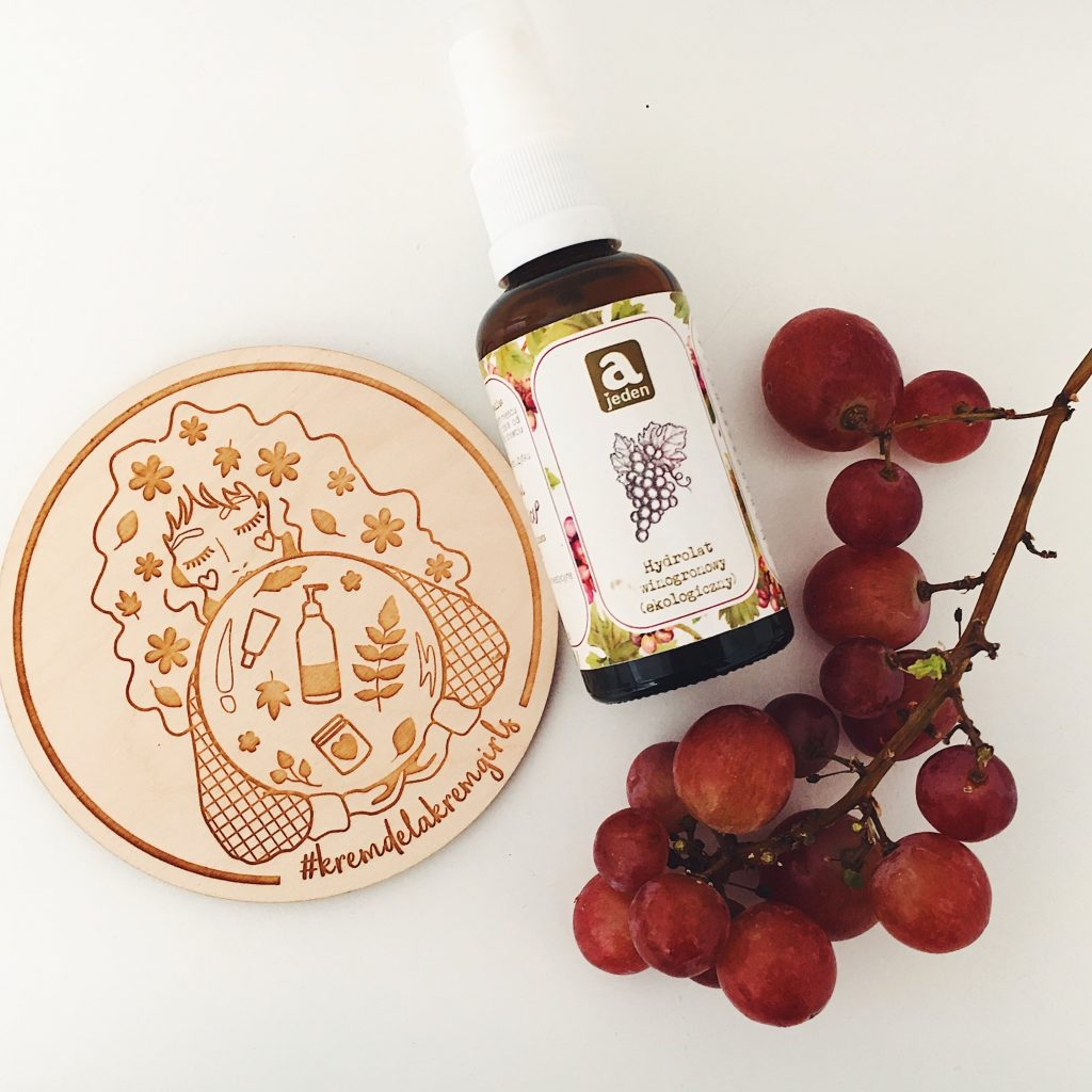 hydrolat winogronowy